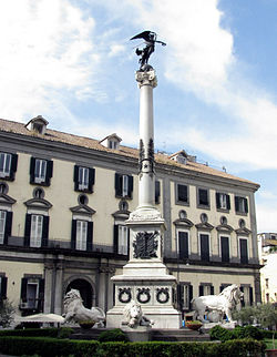 piazzadeimartiri-napoli