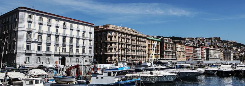 MARINA DI Mergellina Napoli via Caracciolo