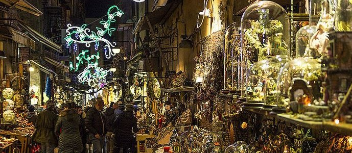 offerte mercatini di Natale 2015 a Napoli San Gregorio Armeno capodanno a Napoli immacolata 2015 a Napoli