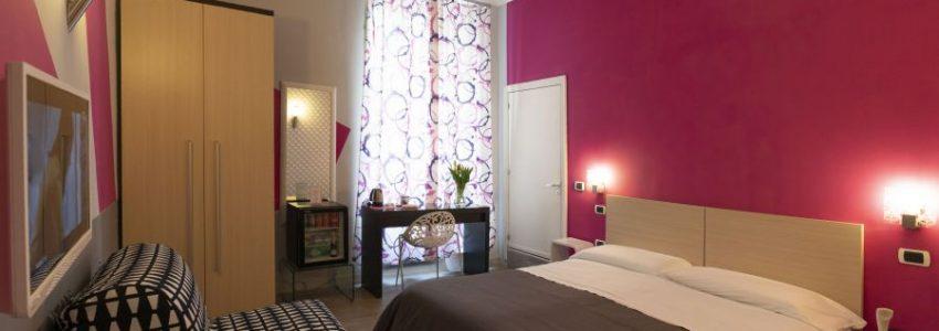 HOTEL sul lungomare di Napoli H ROOMS BOUTIQUE HOTEL